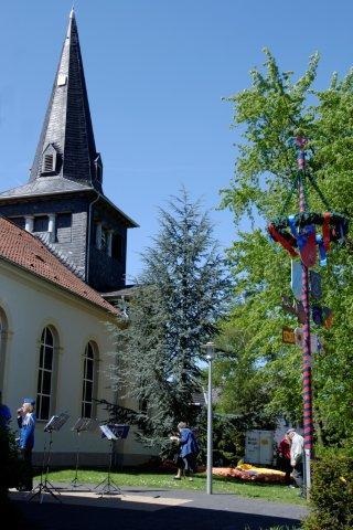 2011_Maibaumfest_(08).jpg